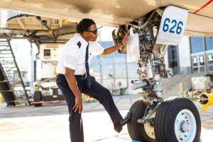 job outlook for a pilot