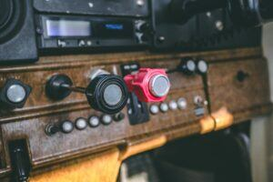 throttle push button